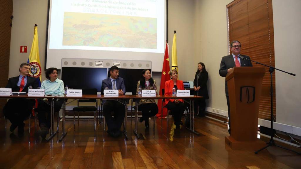 Pablo Navas Sanz de Santamaría, rector de la Universidad de los Andes.