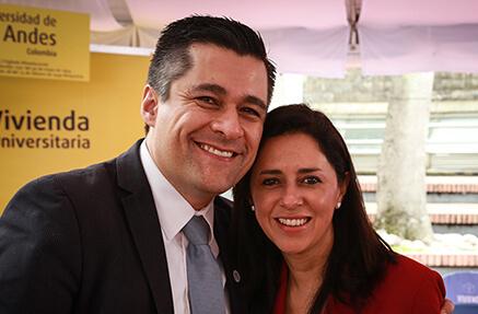 Andrés Morales - Exbecario, ingeniero de sistemas y computación e ingeniero industrial de la Universidad de los Andes.