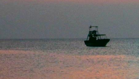 Barco-en-el-mar-caribe