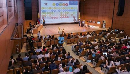 Bingo Fopre en el Día del Estudiante en Uniandes