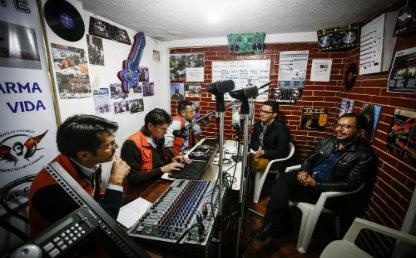 El Grupo de Prisiones de la Facultad de Derecho de la Universidad de los Andes tiene todos los jueves en la cárcel Modelo un programa especial donde aborda temas jurídicos acompañados de música y literatura.