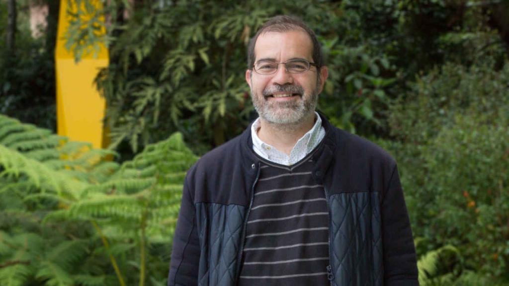 El nuevo director de la Facultad de Artes y Humanidades de la Universidad de los Andes.