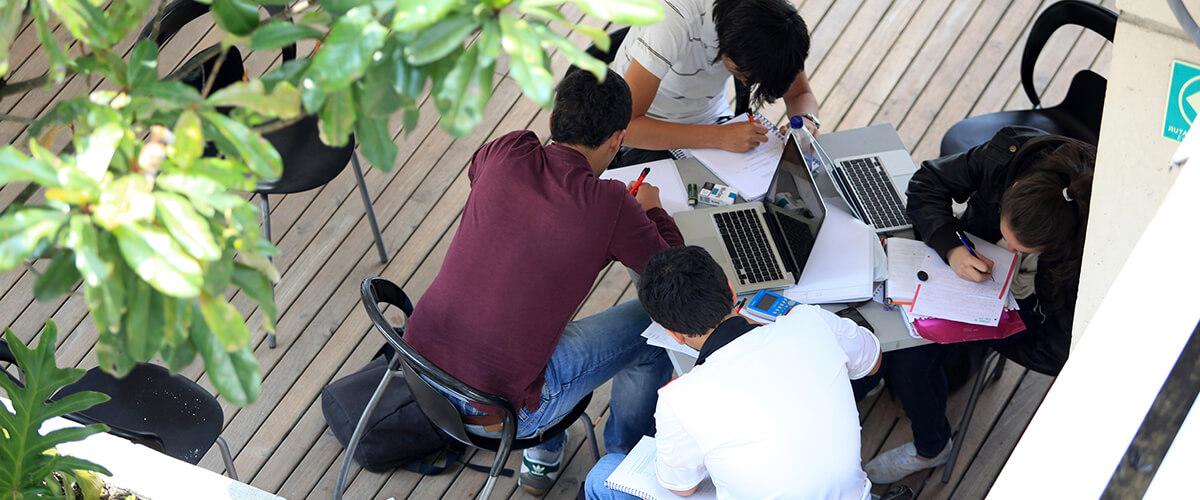 Estudiantes Fopre Café