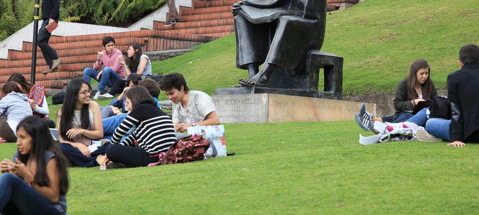 Estudiantes Universidad de los Andes