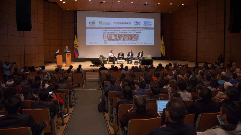El 23 de enero, candidatos a la Presidencia estuvieron en la Universidad de los Andes.