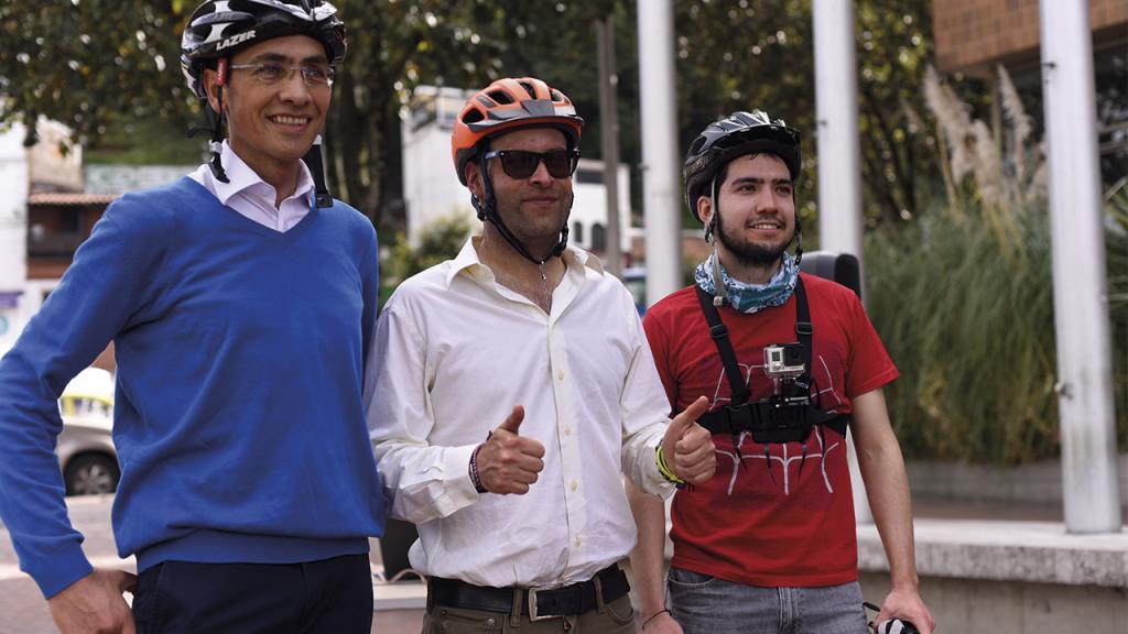 Tres ciclistas reiteraron que la bicicleta es el medio de transporte más rápido para movilizarse dentro de la ciudad.