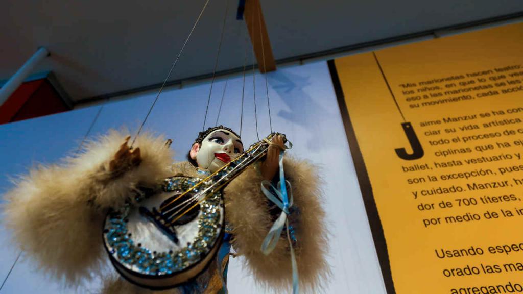 El mismo Manzur asegura que la suya es la colección de marionetas más grande que hay en el mundo.