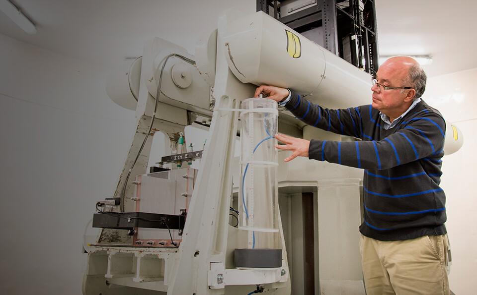 Máquina de Centrifugado para simular deslizamientos