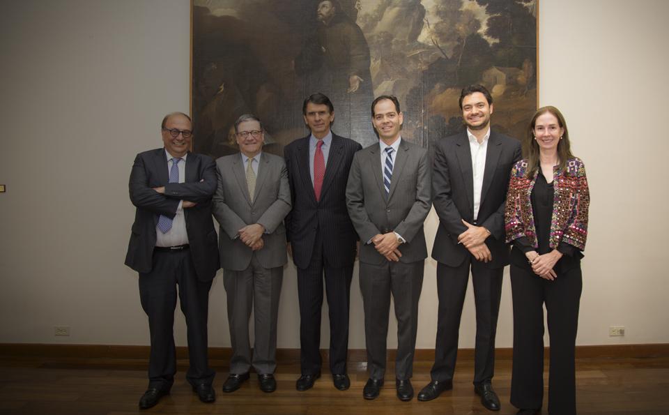Pablo Navas, Eduardo Behrentz, Carolina Andes, Camilo Villaveces, Felipe Encinales, Mauricio Saldarriaga