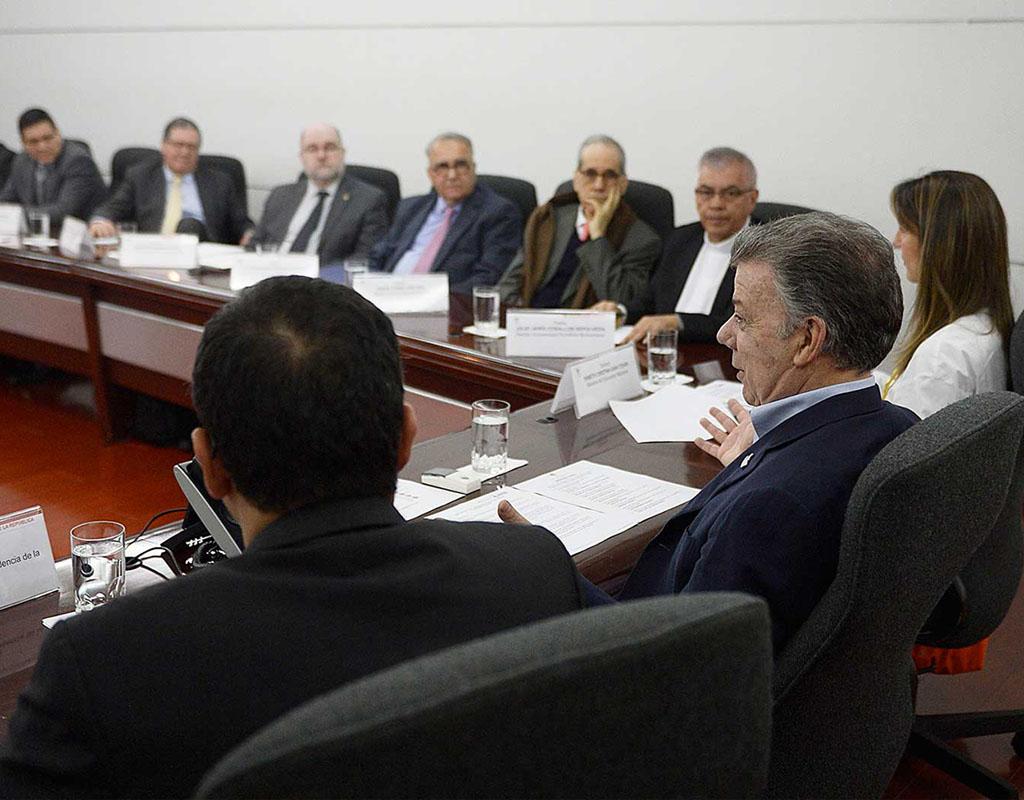 Rectores de universidades del país reunidos con el presidente Juan Manuel Santos