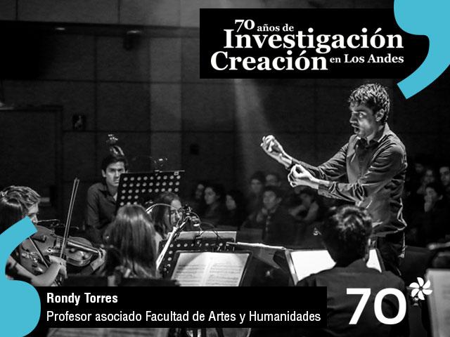 El docente de la Facultad de Artes y Humanidades, Rondy Torres, cuenta cómo investigaciones en música han derivado en productos como discos o conciertos, elementos que finalmente son entregados a las nuevas generaciones.