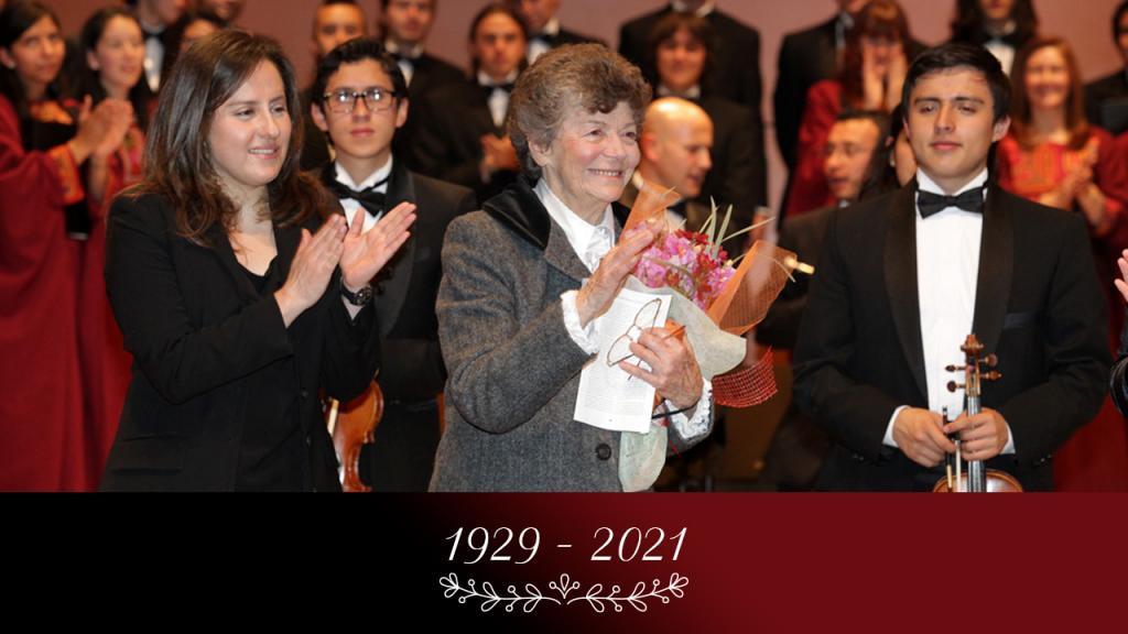 Fotografía del homenaje a Amalia Samper