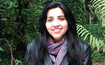 Andrea Lozano tiene doctorado en Filosofía de la UNAM, una maestría en Filosofía de la Universidad Nacional de Colombia, un pregrado en Filosofía de la Universidad de los Andes.