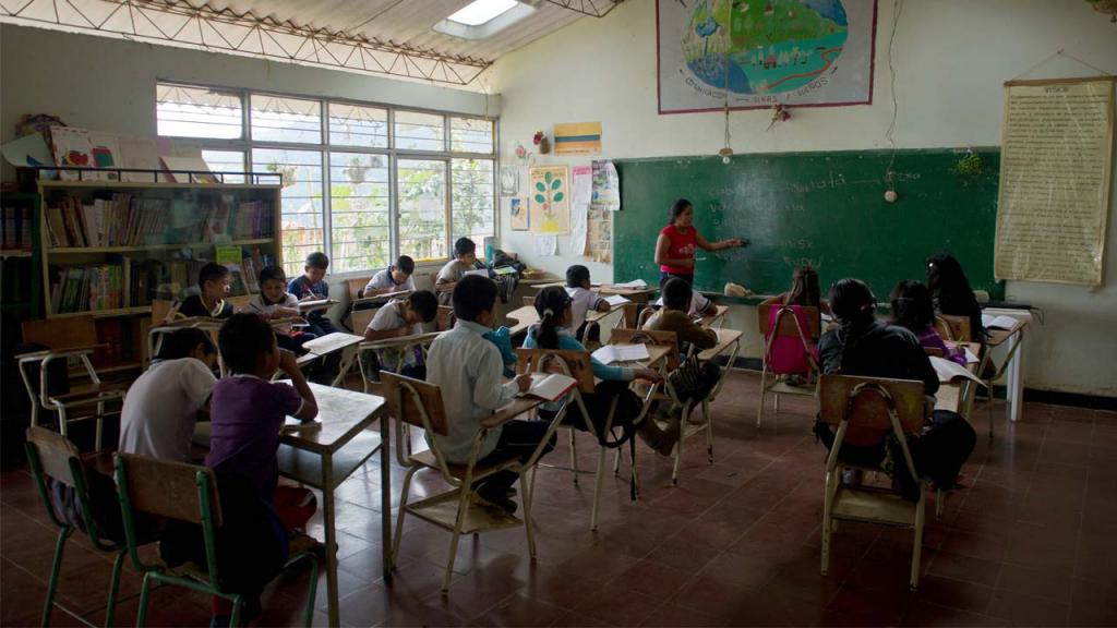 Image of a primary classroom in Colombia