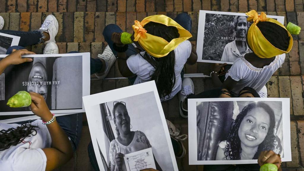 Fotos de líderes colombianos asesinados
