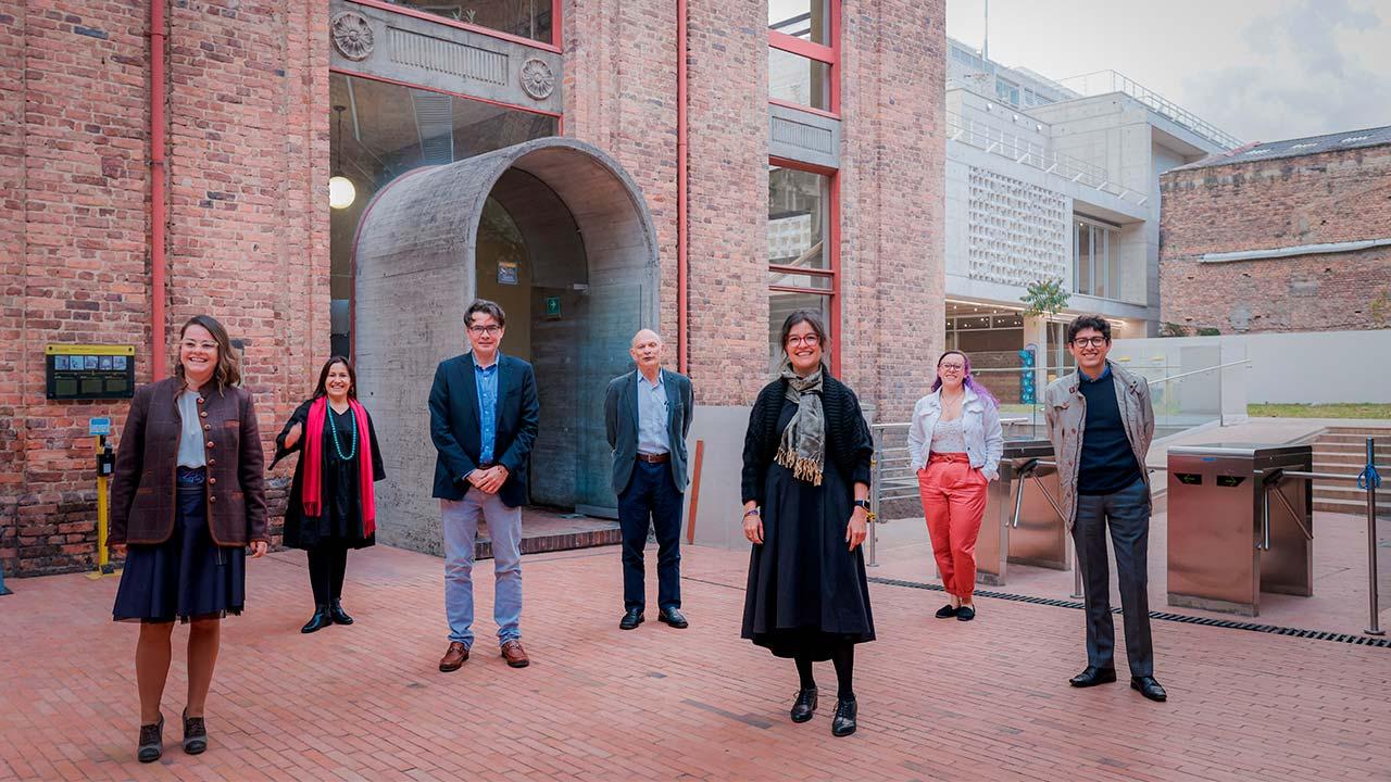 Foto de los representantes de la alianza para el proyecto DIME.