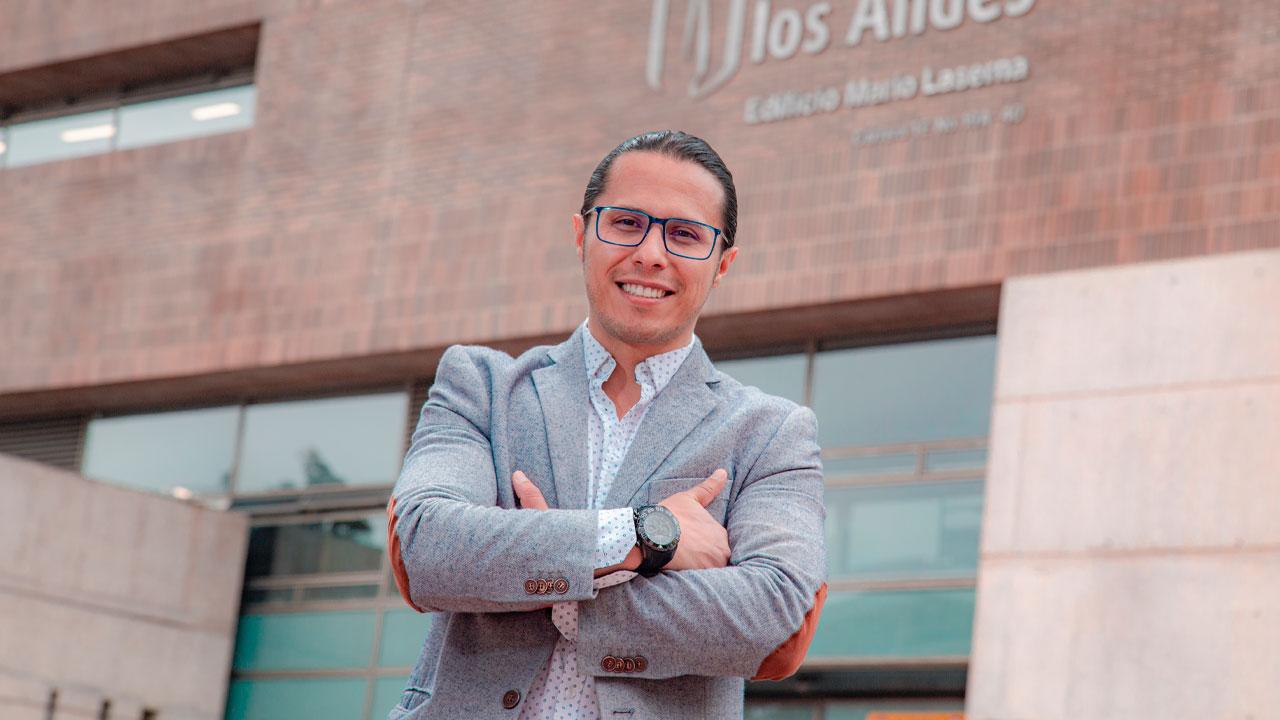 Juan Pablo Siza, director del Sistema de Bibliotecas de Uniandes.