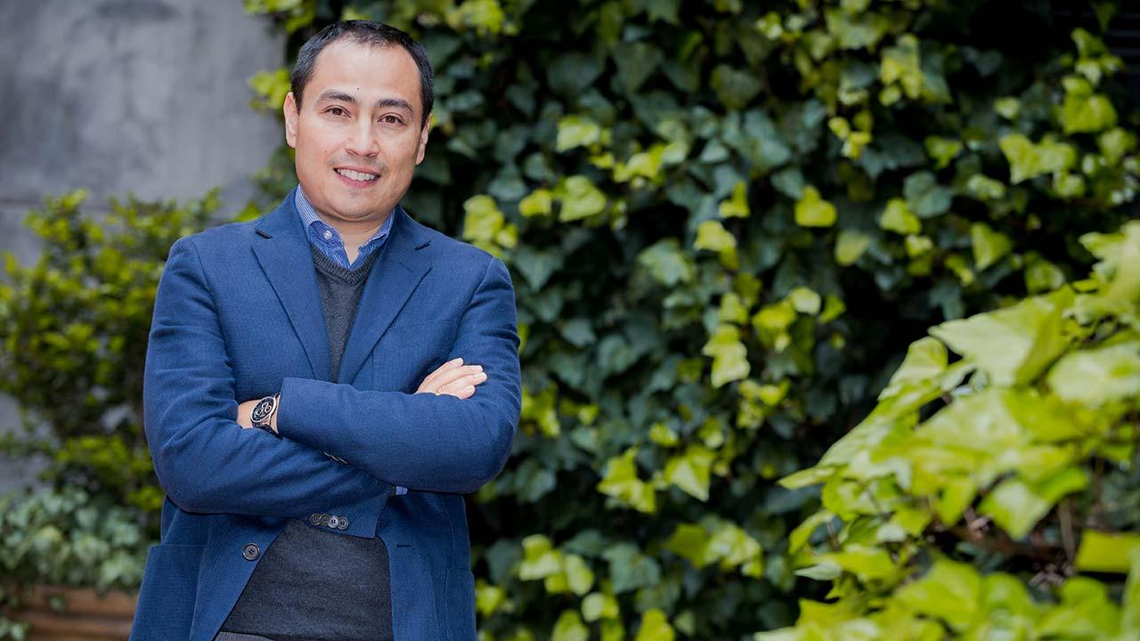 Foto de Hernando Bayona, director de Licenciaturas de la Facultad de Educación.