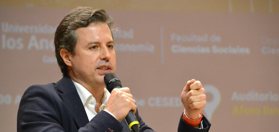 Juan Fernando Galán