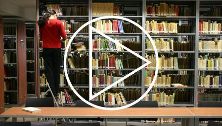 Foto de la biblioteca de Uniandes