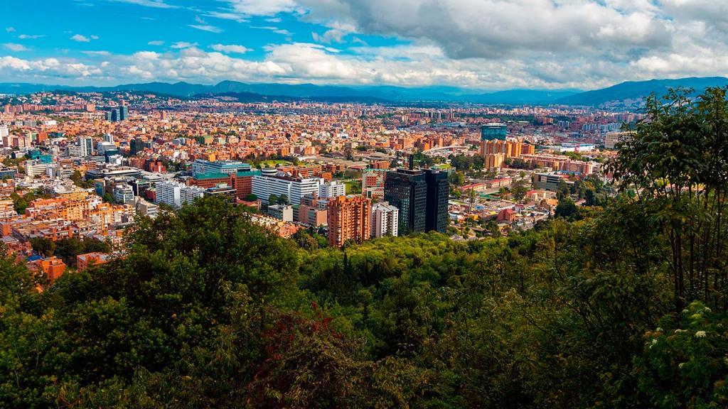 Imagen de un ciudad desde lejos.