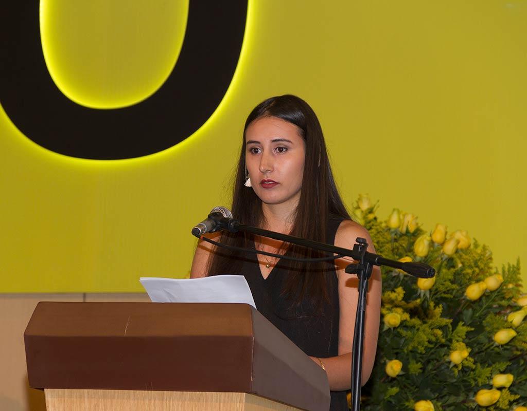 Camila García, grado summa cum laude durante su discurso en la ceremonia de grados de pregrado 2018-2.