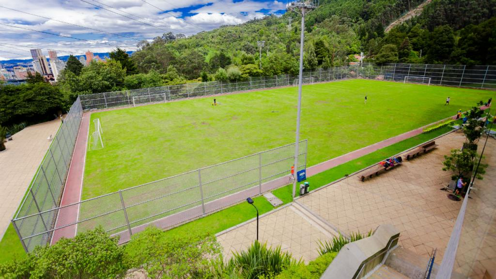 Cancha centro deportivo de los Andes