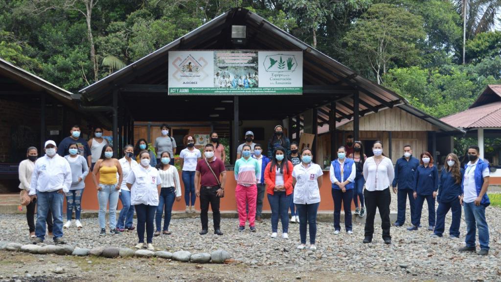 Equipos de Secretaría Departamental de Salud del Putumayo, de Uniandes, de Amazon Conservation Team y auxiliares de salud indígenas