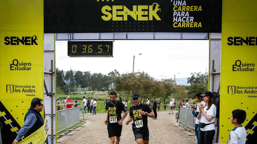 Línea de meta de la Carrera Seneka 2017