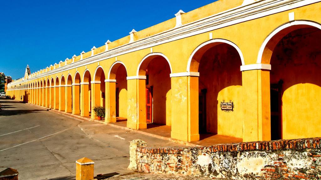 Las Bóvedas, entorno Cartagena y serena del mar