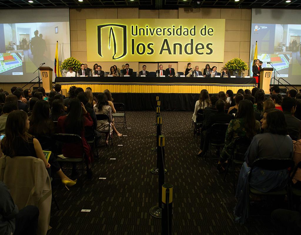 Salón de ceremonias de graduación