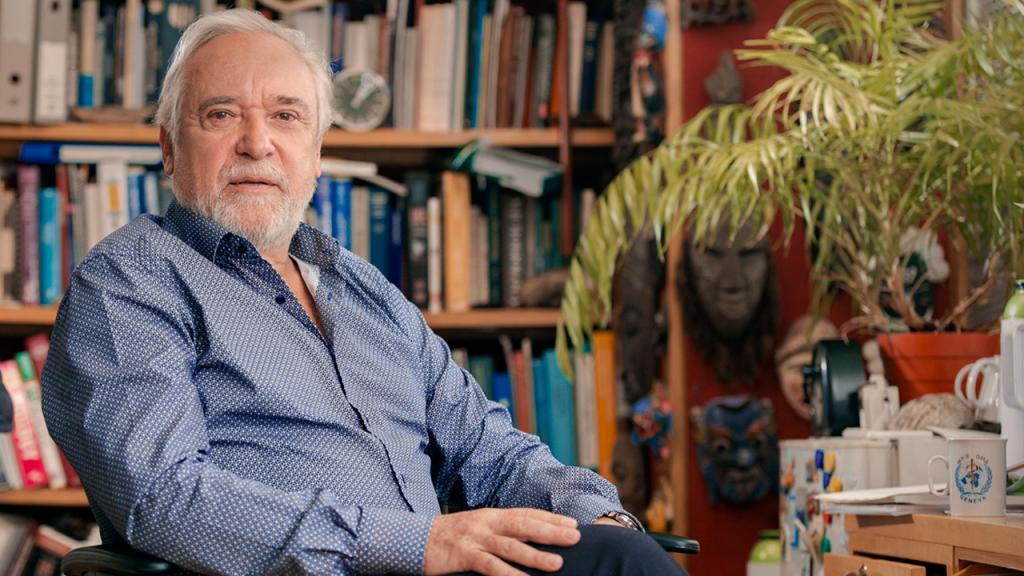 Professor Felipe Guhl