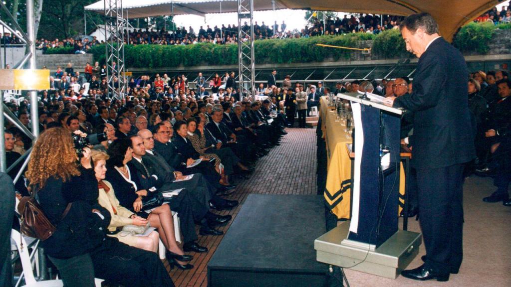 Cincuentenario de la Universidad de los Andes. 1998.