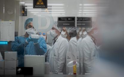 Foto del laboratorio para pruebas COVID-19 de Los Andes
