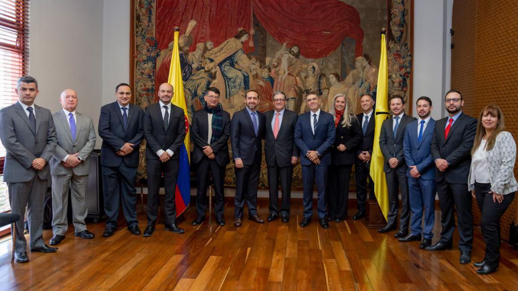 Firma del convenio entre la Universidad de los Andes y Holcim – Colombia, 2019.