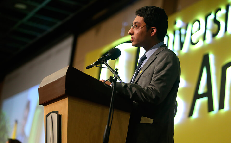 Foto de David Luna, graduando