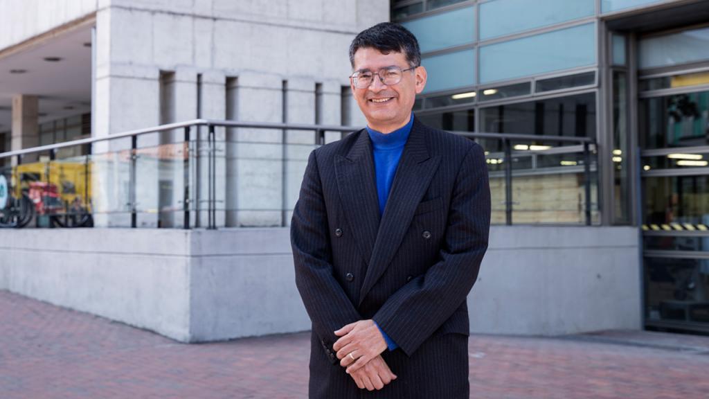 Retrato de Alfonso Reyes, decano de la Facultad de Ingeniería