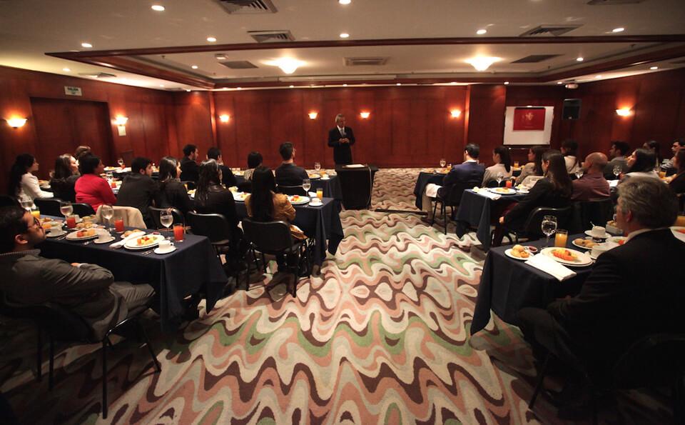 Foto desayuno graduandos medicina 2015-2