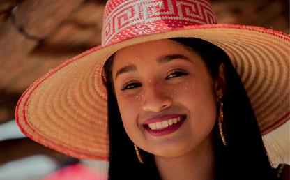 Niña con sombrero wayú