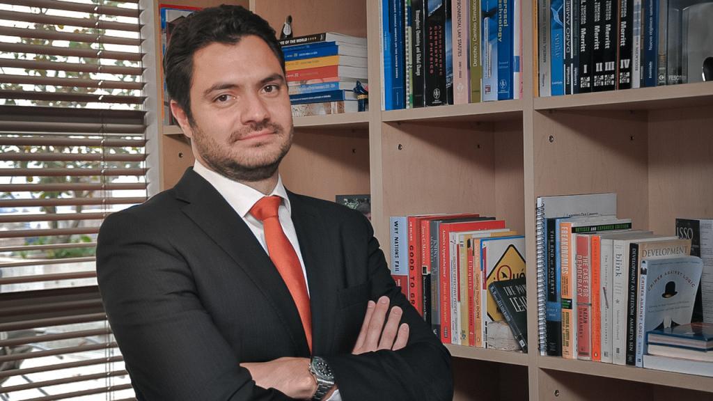Eduardo Behrentz Vicerrector Desarrollo y Egresados Uniandes