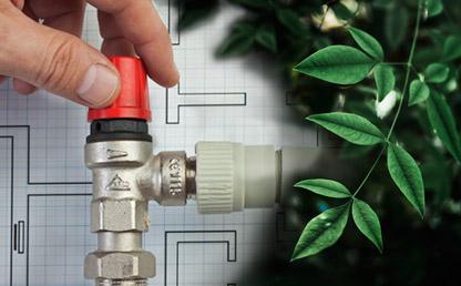 Fotomontaje de una mano que aprieta una tubería y de fondo plantas vegetales.
