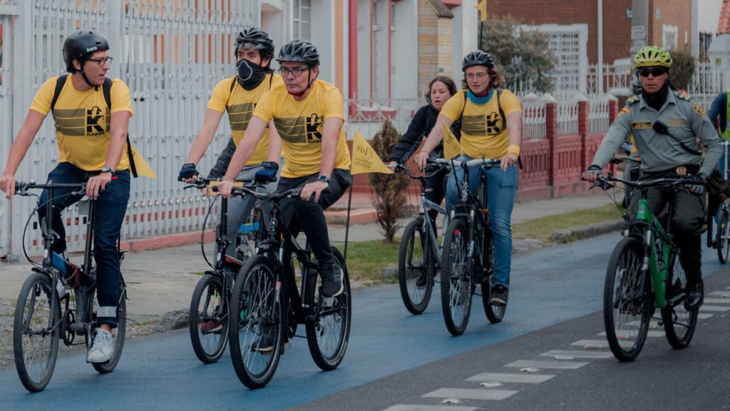 Caravana de ciclistas