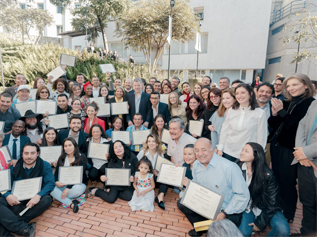 Social leaders graduated from the Leadership for Peace Academy