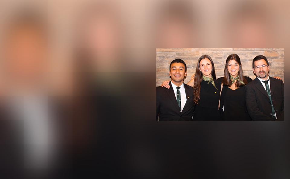 Alumnos de Administración demostraron sus habilidades sobre casos de empresas familiares.