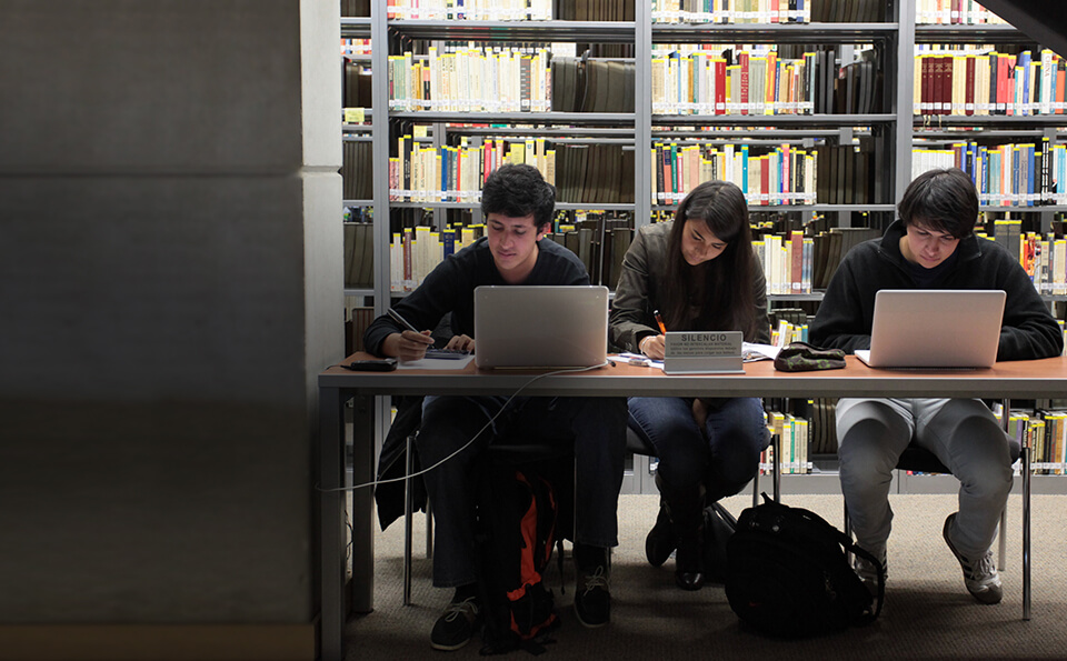 La Universidad de Los Andes recibio acreditacion por 10 anos mas