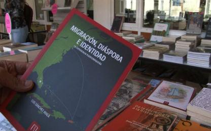 Imagen de uno de los libros que se vendió con descuento en la Feria de Publicaciones.