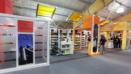 Este año Ediciones Uniandes reunirá, en el estand 502 de Corferias (pabellón 3, segundo piso), 797 títulos, 634 libros impresos, 14 CD y 29 publicaciones periódicas