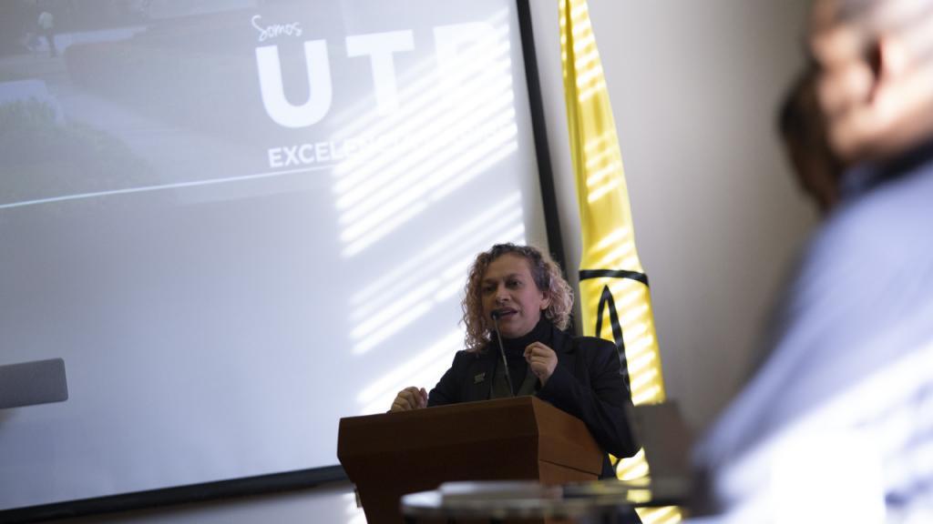 Foto de Lisette Urquijo, directora del Laboratorio de Investigación e Innovación en Cultura y Desarrollo de la UTB