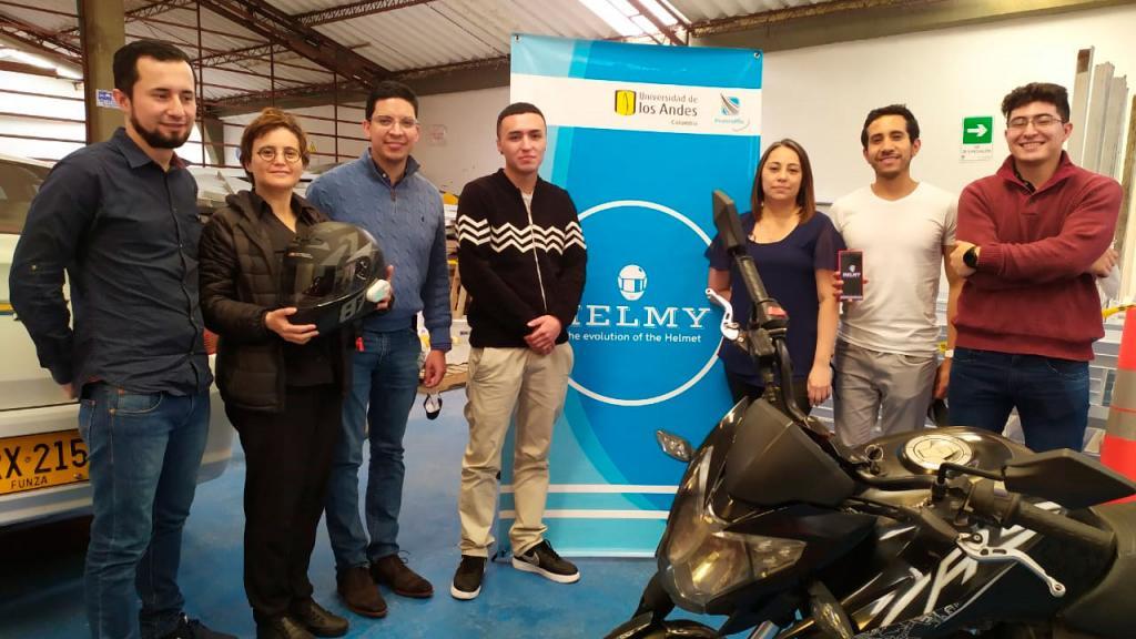 Foto equipo Helmy