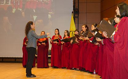 Coro Uniandes en presentación